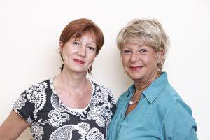 Frau Czech (li) und Frau Märtz vom Lofty-Fachgeschäft in Berlin