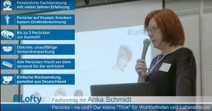 Anka Schmidt von Lofty informiert im Fachvortrag rund um Perücken